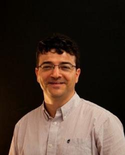 Roberto Abril